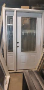 Door whit sidelight