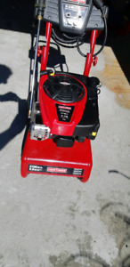Mint Craftsman 7.75 gas pressure washer.