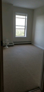 Roommate wanted in Clayton Park
