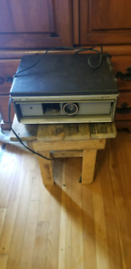 Argus electromatic 570 slide projector