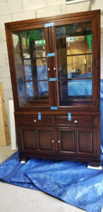 2 Piece Dining Room Hutch/Display Buffet