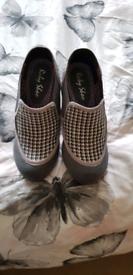 Size 4 Ruby Shoo