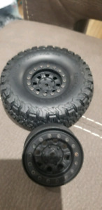 1.9 crawler wheels and tires. Axial, rc4wd, traxxas.