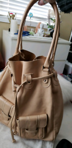 EUROPEAN DESIGN /100% GENUINE Leather/Suede Hand/Tote Bag