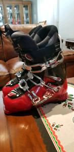 Brand New Nordica Ski Boots 8.5M/9.5W