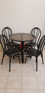 Round glass dining table + 4 chairs set 2.7'