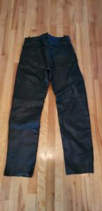 Chaps - pantalon de moto / leather motorcycle pants.