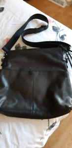 Black Soft Leather Purse...NEW without tags