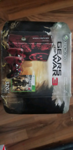 Xbox 360 with 2 Controllers, few games and kinect for sale!