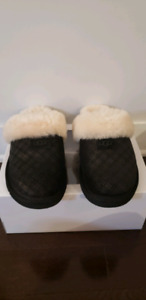 Ugg Men/Women's Cozy Double Diamond Slippers (Unisex) HolidayBox