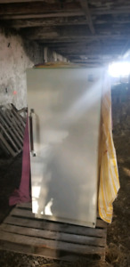 Eaton viking fridge