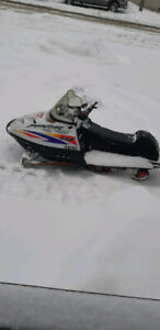 2000 Polaris 550 SuperSport *NEED GONE ASAP* *1200 FIRM*