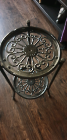 Plant stand metal