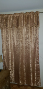 Set of 2 Window Curtains