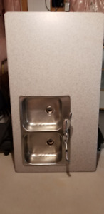 3 Piece Laminate Counter-top with Sink