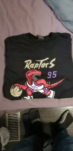 7c5ab788e6e2 Brand New - Limited Edition OVO x Raptors Spring  19 T-Shirt.