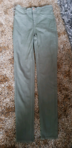 ec0e51cde03d6 H&M Divided Khaki Green super skinny high jeggings size US 6 | Pants ...
