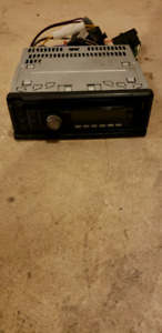 Clarion stereo CD player detachable face