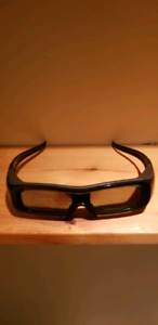 8 pairs of Panasonic rechargeable 3D glasses