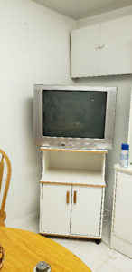 """2 x 32"""" JVC & Panasonic Tv in Great Condition"""
