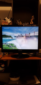 Samsung 22 Monitor Syncmaster | Buy New & Used Goods Near