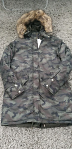 Ladies coat sz large new with tags