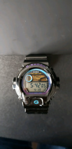 Watch G-Shock Black/Purple with multiple functions