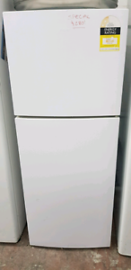SPECIAL! Haier Fridge/Freezer. 224 Litres!