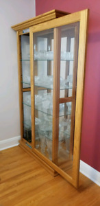 Curio/Display Cabinet. Solid Oak Wood.
