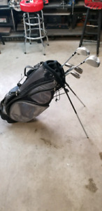H2t golf bag and clubs never used