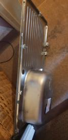 Stainless steel sink. new unused.