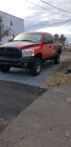 08 dodge ram 1500 5.7l 4x4 lifted