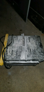 Small wet table saw