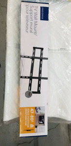 Insignia TV wall mount. 47''-80""