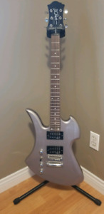 Left handed BC RICH Mockingbird with Coffin case