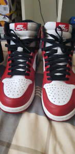 Jordan 1 Chicago 2015 size 10.5 (offers accepted)