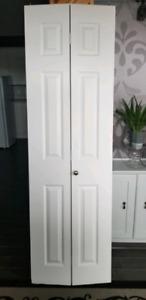 Porte de garde de robe