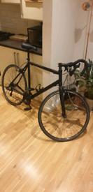 Large men's road bike - black