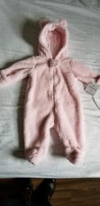 Baby girl items!! Brand new!!