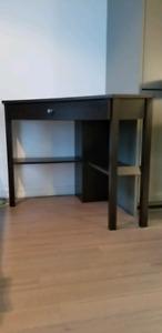 Corner Desk Dark wood