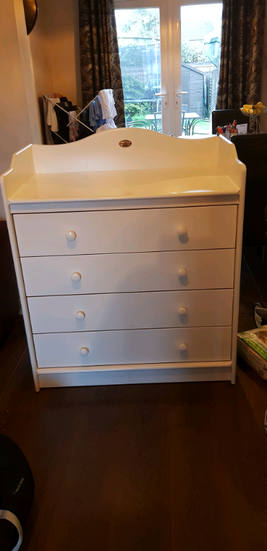 Boori Country Collection Changing Chest Of Drawers In