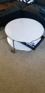 Ikea coffee table perfect condition $50