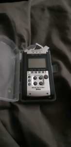 Zoom H4N Professional recorder
