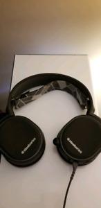 Like New SteelSeries Arctis 3 Headset *LOWER PRICE*