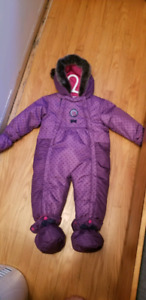 Peluche and tartine snow suit