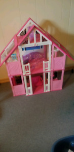 Barbie California beach house