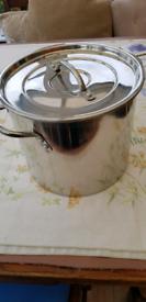Saucepan / cooking soup pot large