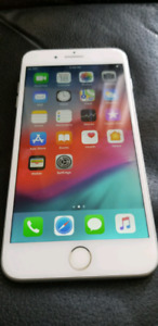 Unlocked iPhone 7plus 32gb silver great condition!