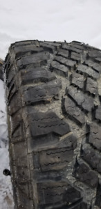 Duratrac tire