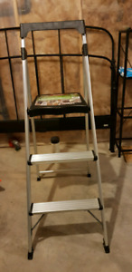 Gorilla Ladders 3-Step Aluminum Step Stool Ladder with 225 lb. T